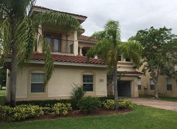 680 Triana Street 5 Beds House for Rent Photo Gallery 1