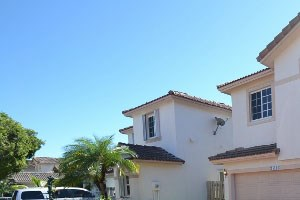 15108 Sw 141 Terrace 3 Beds House for Rent Photo Gallery 1