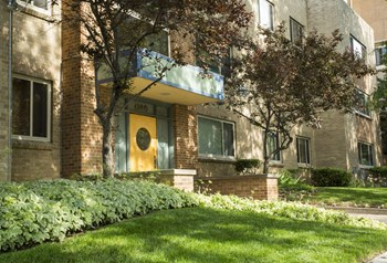 1280 Humboldt 1-2 Beds Apartment for Rent Photo Gallery 1