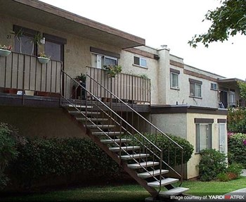 1470 Second Avenue 1-2 Beds Apartment for Rent Photo Gallery 1