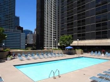 Wyndham Apartments Als Chicago Il Com