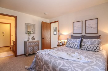 4725 Hayes Rd Studio-1 Bed Apartment for Rent Photo Gallery 1