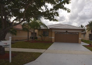 17680 Sw 4 Court 3 Beds House for Rent Photo Gallery 1