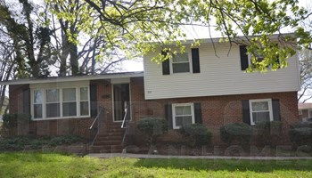 910 Log Cabin Road 5 Beds House for Rent Photo Gallery 1