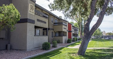 1944 W. Thunderbird 1-3 Beds Apartment for Rent Photo Gallery 1