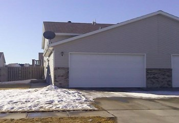 Journey 4771 3 Beds House for Rent Photo Gallery 1