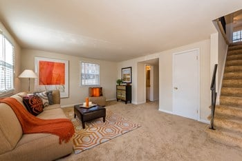 13723 Lynn Street Studio-4 Beds Apartment for Rent Photo Gallery 1