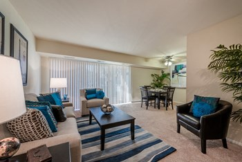 6300 S. Kings Highway 1-3 Beds Apartment for Rent Photo Gallery 1