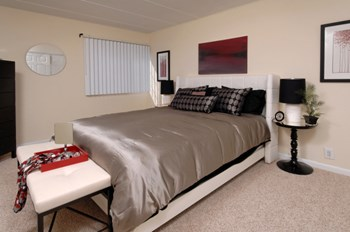 5055 South Chesterfield Road Studio-2 Beds Apartment for Rent Photo Gallery 1