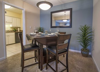 3348 Fairway Oaks Dr. 1-4 Beds Apartment for Rent Photo Gallery 1