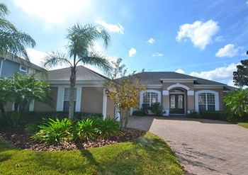 934 Home Grove Dr 4 Beds House for Rent Photo Gallery 1