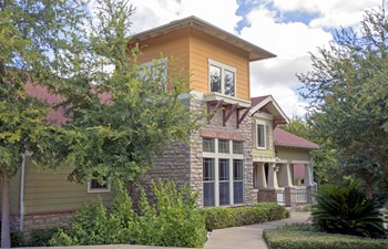 2800 Collins Creek Drive 2-4 Beds Apartment for Rent Photo Gallery 1