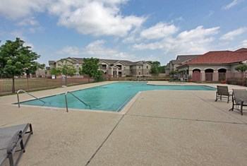 1605 N. Houston School Road  2-4 Beds Apartment for Rent Photo Gallery 1