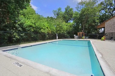 123 South Wilson Creek Boulevard 1-2 Beds Apartment for Rent Photo Gallery 1