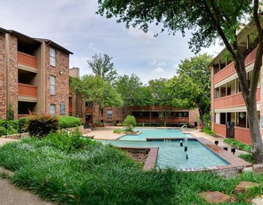 3718 Gus Thomasson Road 1-2 Beds Apartment for Rent Photo Gallery 1