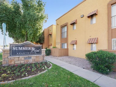 4441 W. Bethany Home Road Studio-2 Beds Apartment for Rent Photo Gallery 1