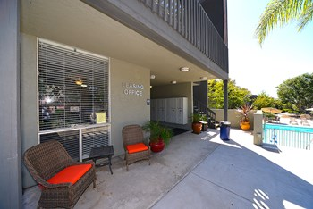 7200 Saranac Street Studio-2 Beds Apartment for Rent Photo Gallery 1