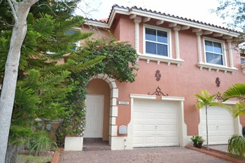 15305 Sw 31 Terrace 3 Beds House for Rent Photo Gallery 1