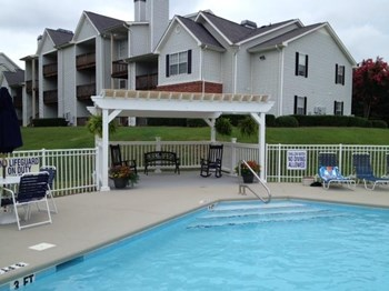 100 Shadow Creek Lane 1-3 Beds Apartment for Rent Photo Gallery 1