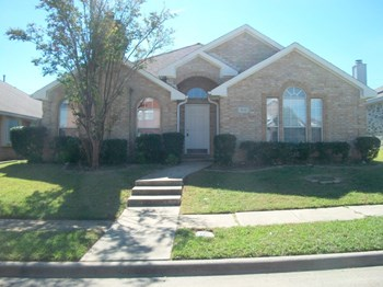 916 Kory 3 Beds House for Rent Photo Gallery 1