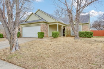2601 Country Creek Ln 3 Beds House for Rent Photo Gallery 1