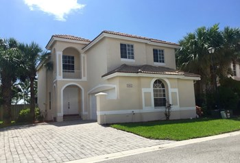 6964 Sea Daisy Drive 4 Beds House for Rent Photo Gallery 1