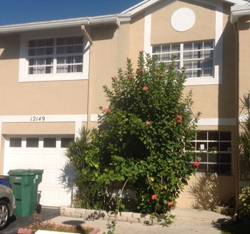 12149 Sw 50 Court 3 Beds House for Rent Photo Gallery 1