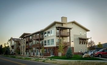 1500 Skyview Lane  1-2 Beds Apartment for Rent Photo Gallery 1