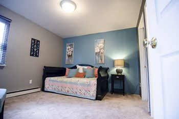 805 Mason Hills Drive 1-2 Beds Apartment for Rent Photo Gallery 1