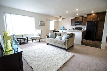 1705 Coolidge Rd. 1-2 Beds Condo for Rent Photo Gallery 1