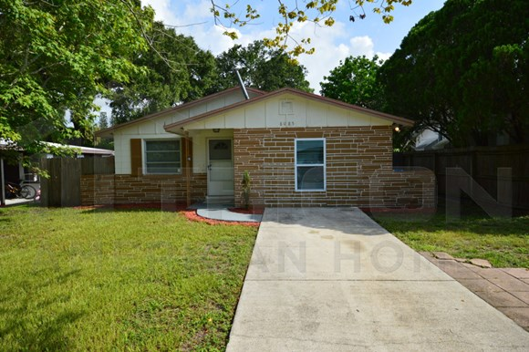 8085 33rd Ave N, Photo Gallery 1