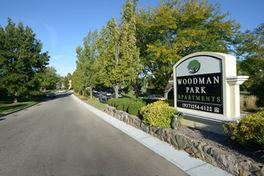 4996 Woodman Drive #6 1-3 Beds Apartment for Rent Photo Gallery 1