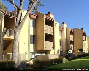 21530 Califa Street 1-3 Beds Apartment for Rent Photo Gallery 1