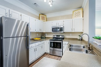 2910 Buford Drive NE 1-3 Beds Apartment for Rent Photo Gallery 1