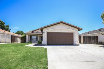 10323 Cheyenne Dr 3 Beds House for Rent Photo Gallery 1