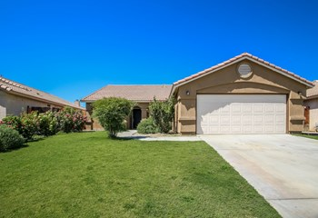 3924 White Sands Dr 4 Beds House for Rent Photo Gallery 1