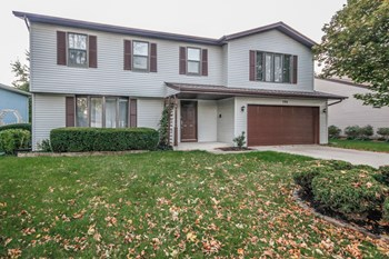 590 Yellowstone Dr 4 Beds House for Rent Photo Gallery 1
