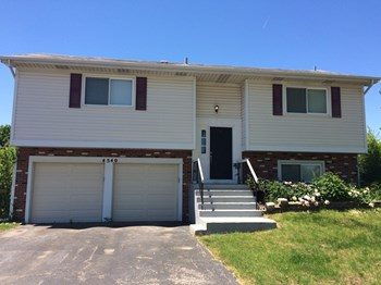 4540 Jefferson St 3 Beds House for Rent Photo Gallery 1