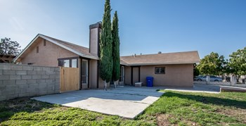 9934 Poplar Ave 3 Beds House for Rent Photo Gallery 1