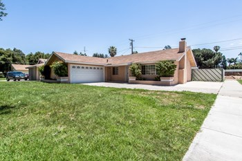 9408 Hawthorne Ave 3 Beds House for Rent Photo Gallery 1