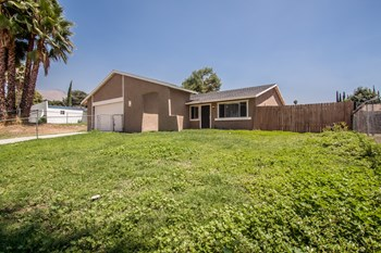 1565 Villa Ct 4 Beds House for Rent Photo Gallery 1