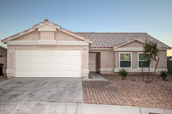 5120 Blue Onion Cir 4 Beds House for Rent Photo Gallery 1