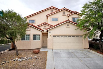 8911 Snowtrack Ave 4 Beds House for Rent Photo Gallery 1