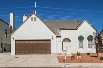 2237 Florissant Dr 3 Beds Apartment for Rent Photo Gallery 1