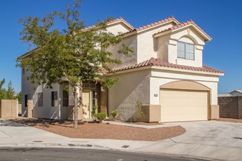5957 Silver Heights St 3 Beds House for Rent Photo Gallery 1