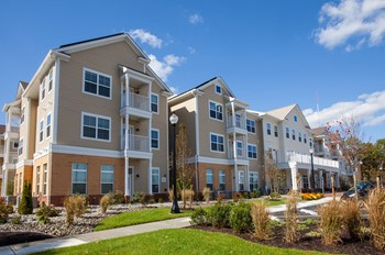 101 Veterans Blvd. 1-2 Beds Affordable Housing for Rent Photo Gallery 1
