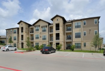 650 Louis Henna Blvd 1-2 Beds Apartment for Rent Photo Gallery 1