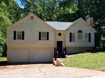 158 Sweetwater Circle 3 Beds House for Rent Photo Gallery 1