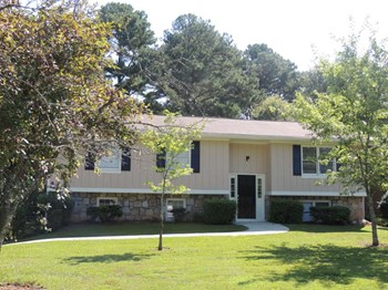 2236 Windsor Drive 4 Beds House for Rent Photo Gallery 1