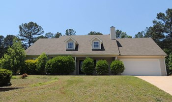 280 Chestnut Drive 4 Beds House for Rent Photo Gallery 1